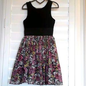 Pippa & Julia Size 7 Dress Black w/ Pink Flowers